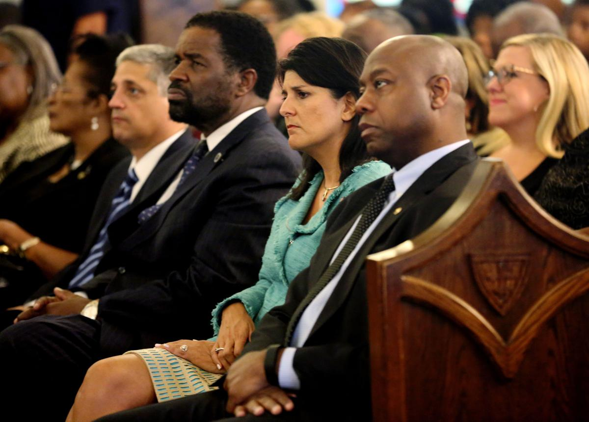 Thousands told Haley: Get rid of flag Over 10,000 emails to governor in Emanuel's wake reveal emotions on both sides of debate