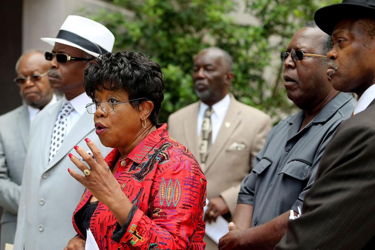 Charleston civil rights leaders renew demand to reopen search for schools chief