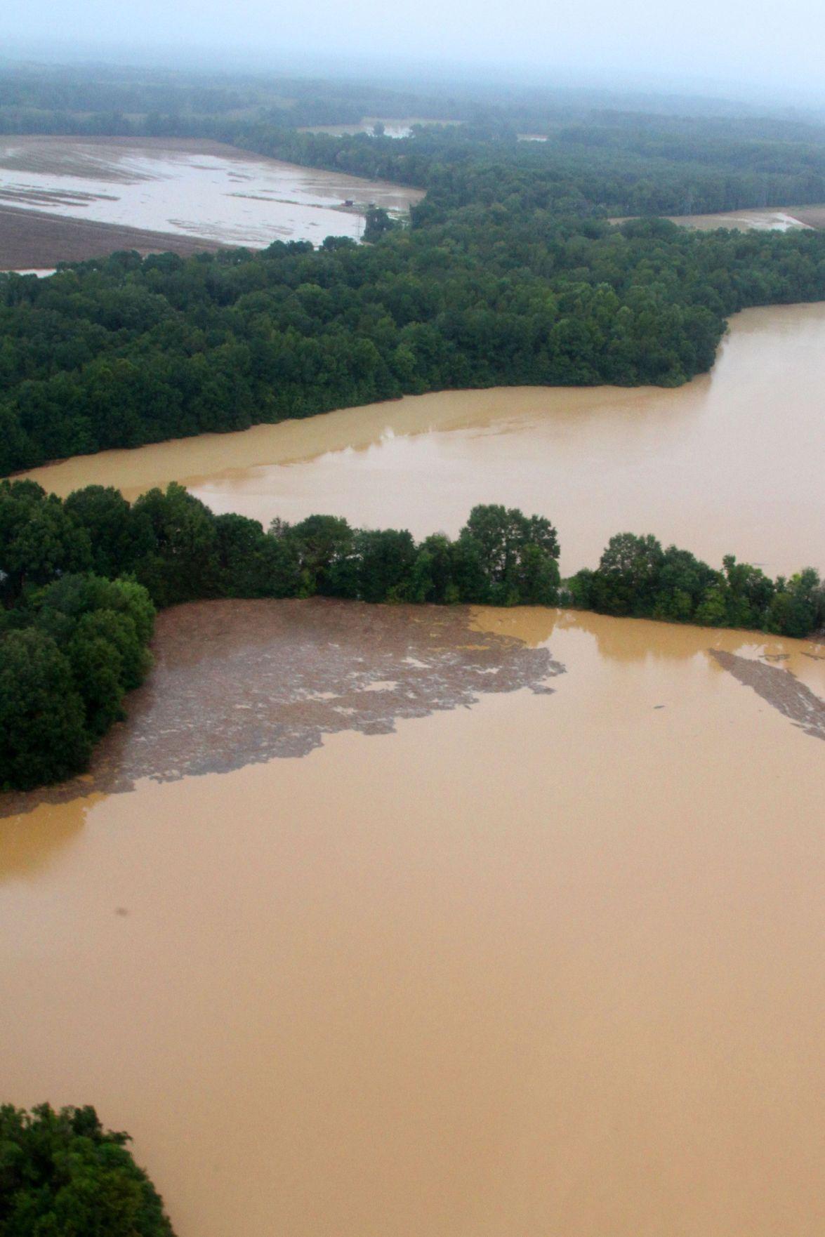 Farm relief bill passes Senate, sets up veto showdown with Haley