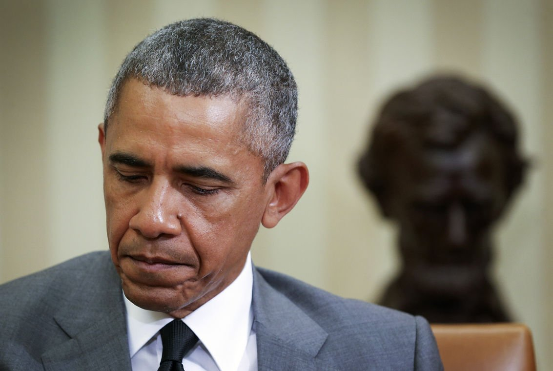 Obama: people have to change to honor shooting victims' families