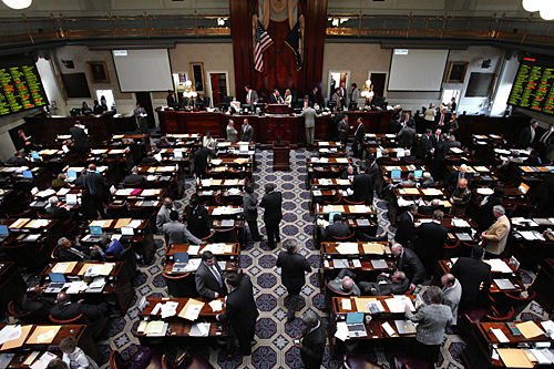 States had to borrow $31B for jobless pay