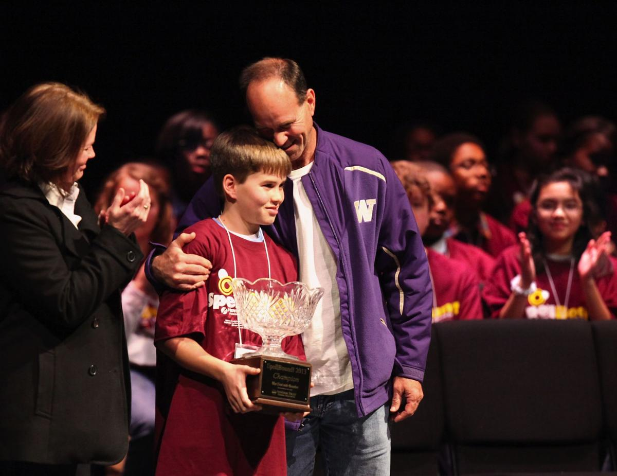 Fort Johnson Middle School student wins regional spelling bee
