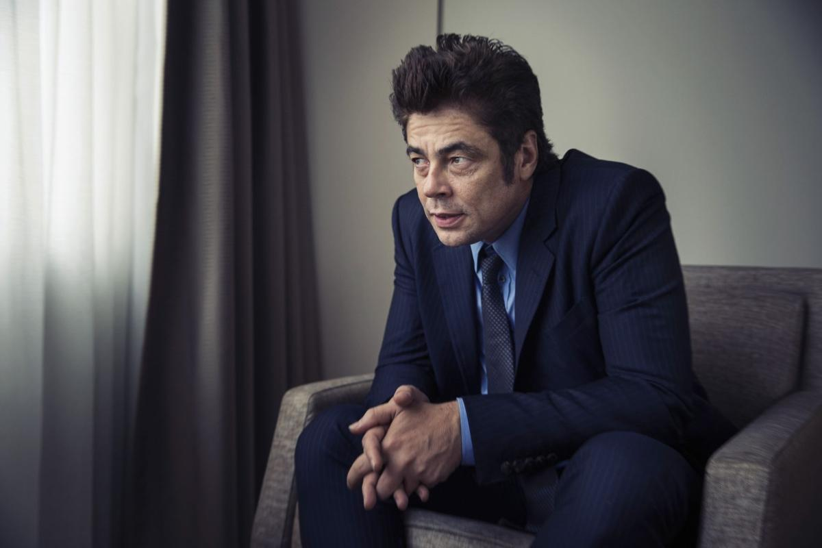'Sicario' lures Del Toro back into drug wars