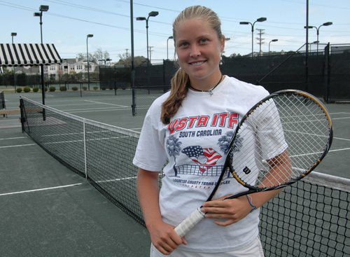 A pro tennis career no longer just a dream for Rogers