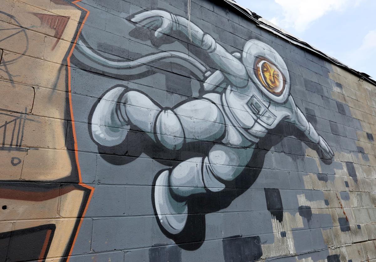 Huger Mural Art