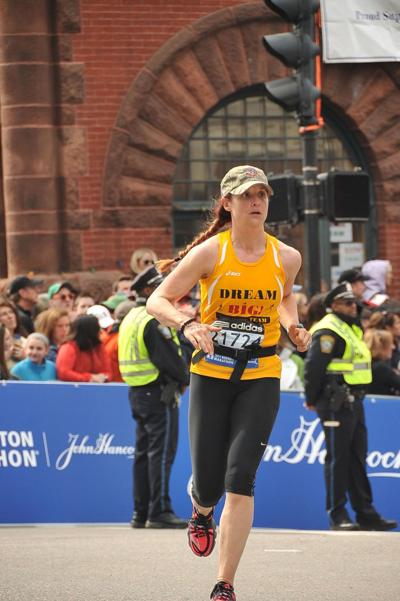 A year after tragedy, area runners back in Boston race