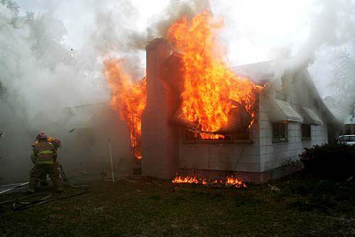 Man found in home fire dies