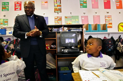 Clyburn visits local charter school