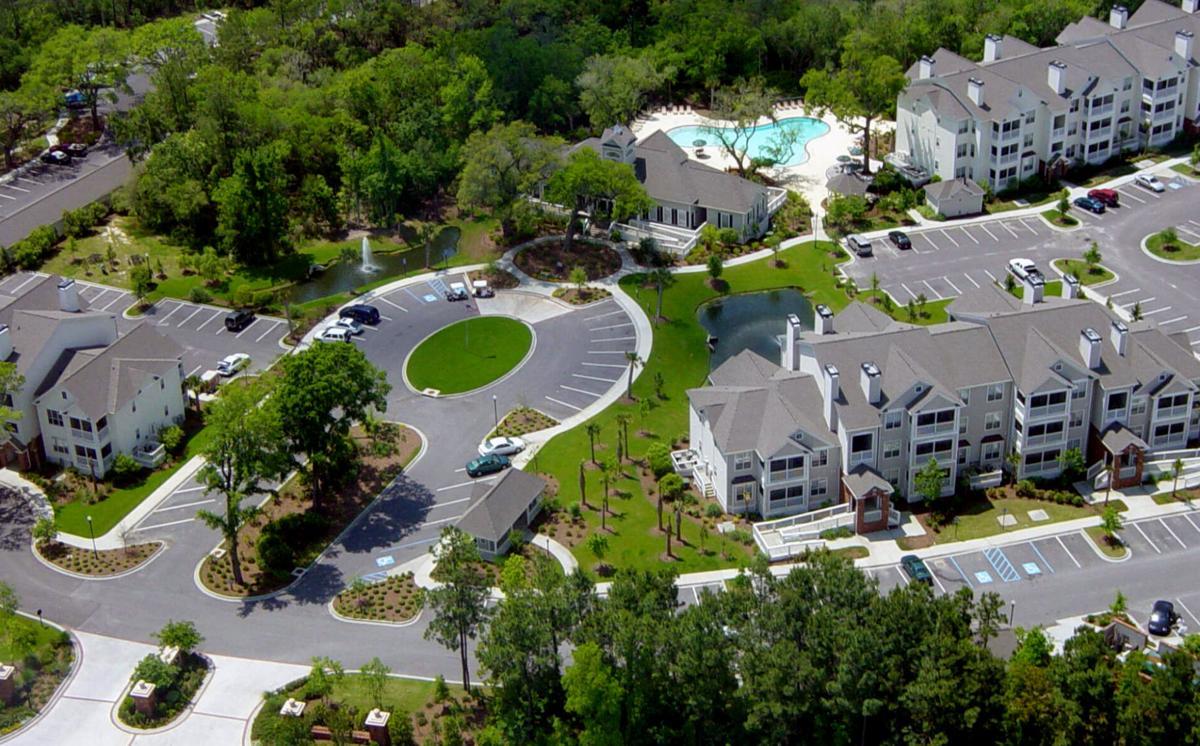 Mt. Pleasant apartments sold at discount