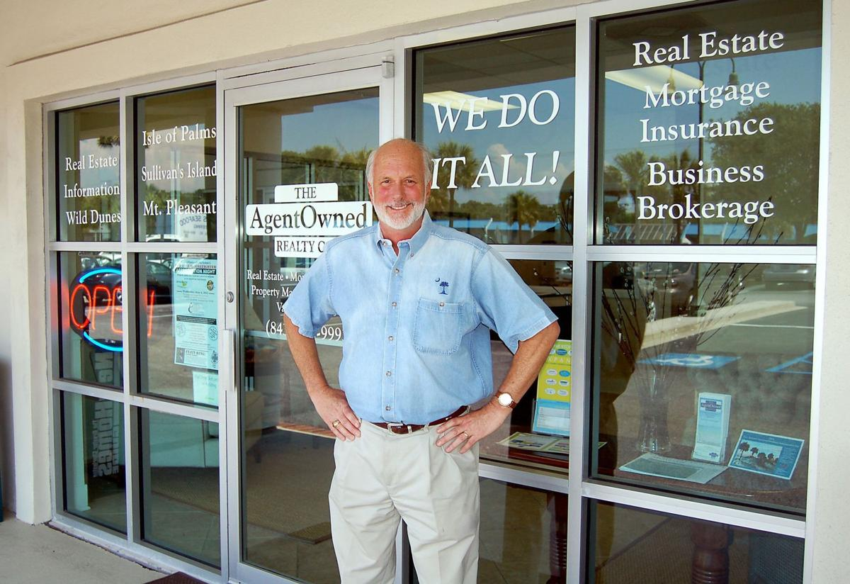 AgentOwned broker-in-charge follows up 24-year Coast Guard tour with engaging real estate career