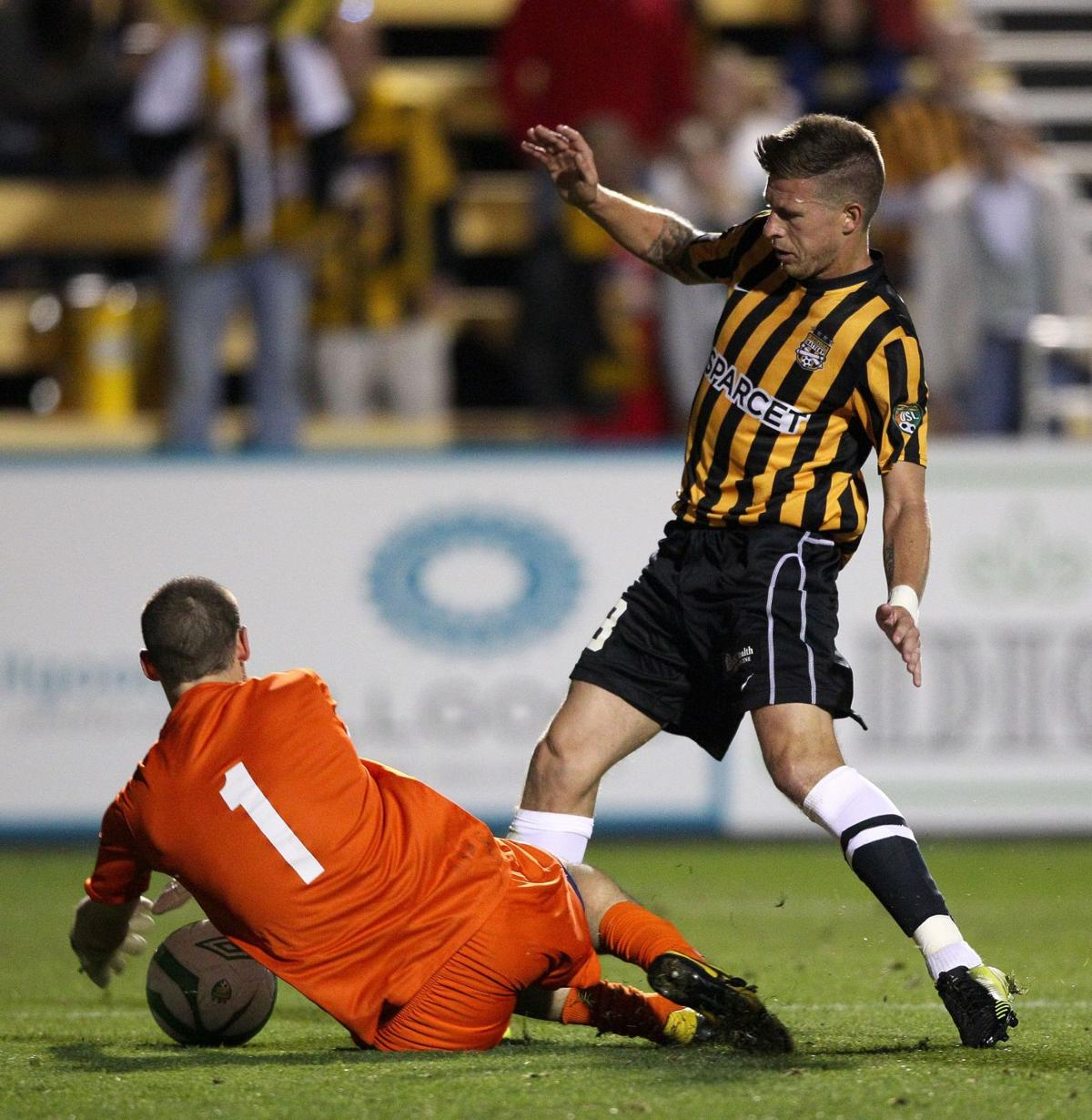 Battery tops Lions, 1-0