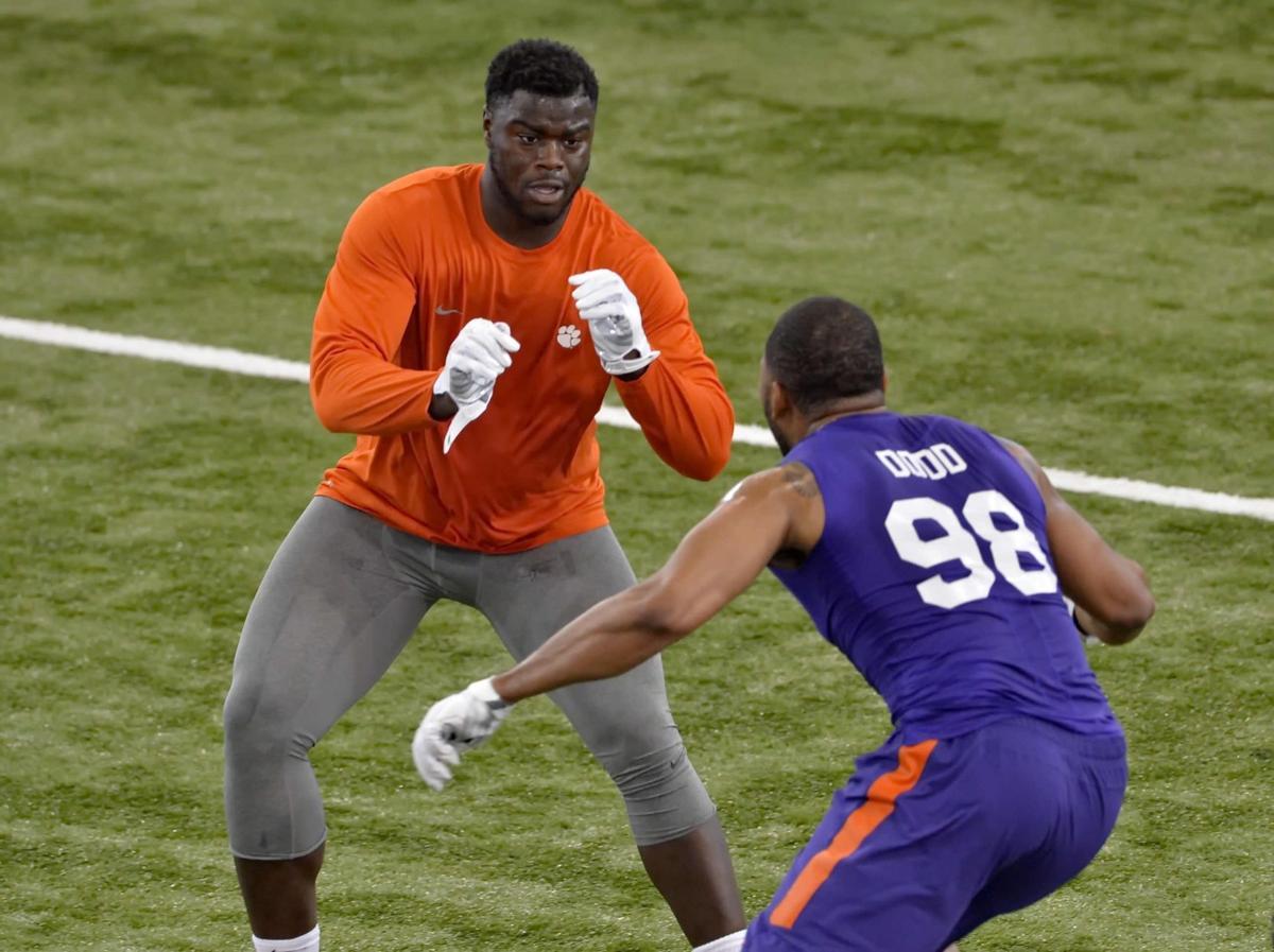 Clemson DE prospects Lawson, Dodd accept invites to attend NFL Draft