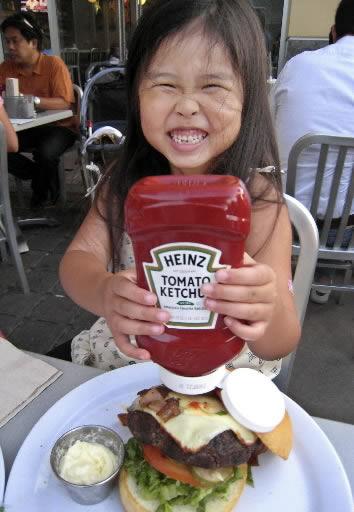 Heinz profits up; Hormel's down
