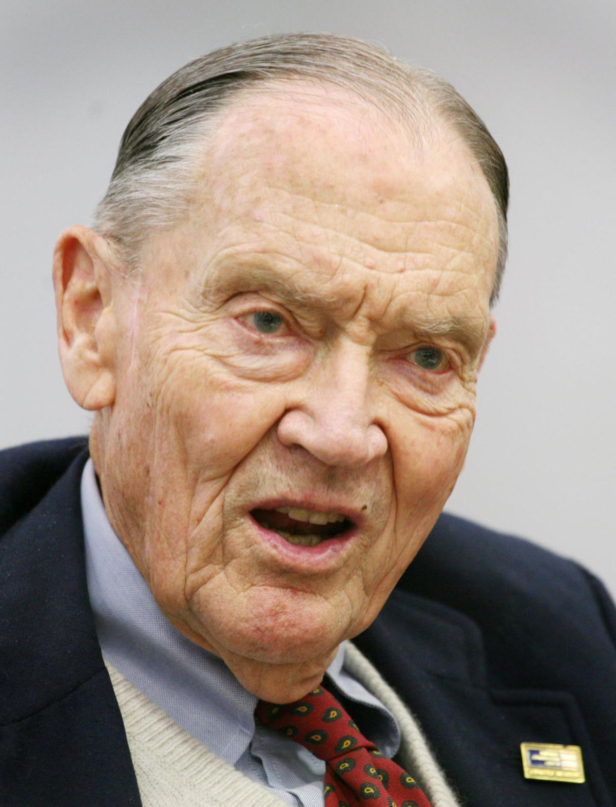 At odds over money-market reform Vanguard founder Bogle says it time to end 'illusion' of fixed-asset value of funds