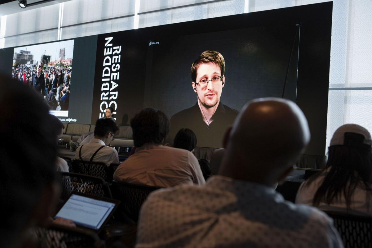 Edward Snowden gives support to Oliver Stone film after screening