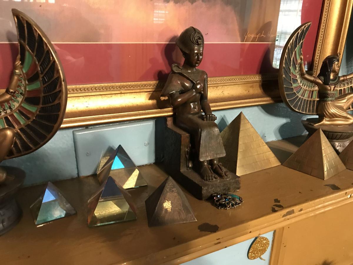 Charleston man who dons pharaoh garb gets DNA results