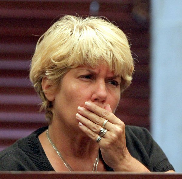 Grandmother gives teary testimony on 6th day of Casey Anthony trial