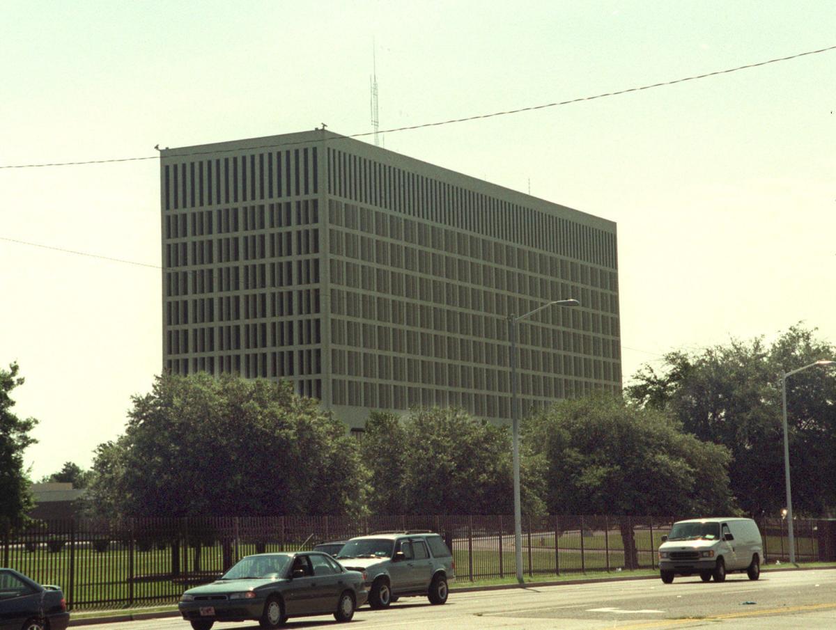 North Charleston is high bidder for former Naval Hospital