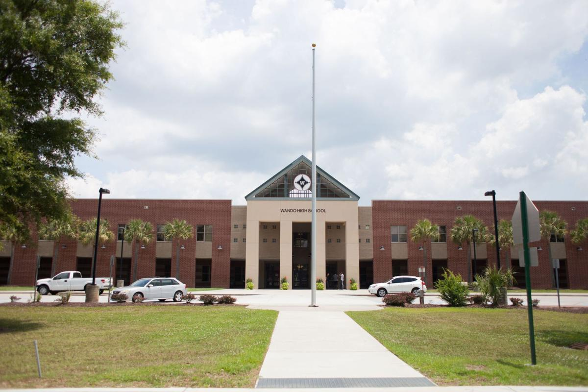 Five cases of chickenpox at Wando High prompt DHEC warning