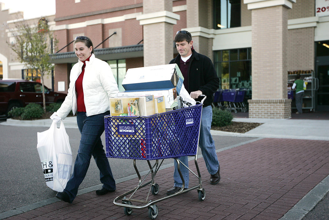 Local shoppers seek deals on Black Friday