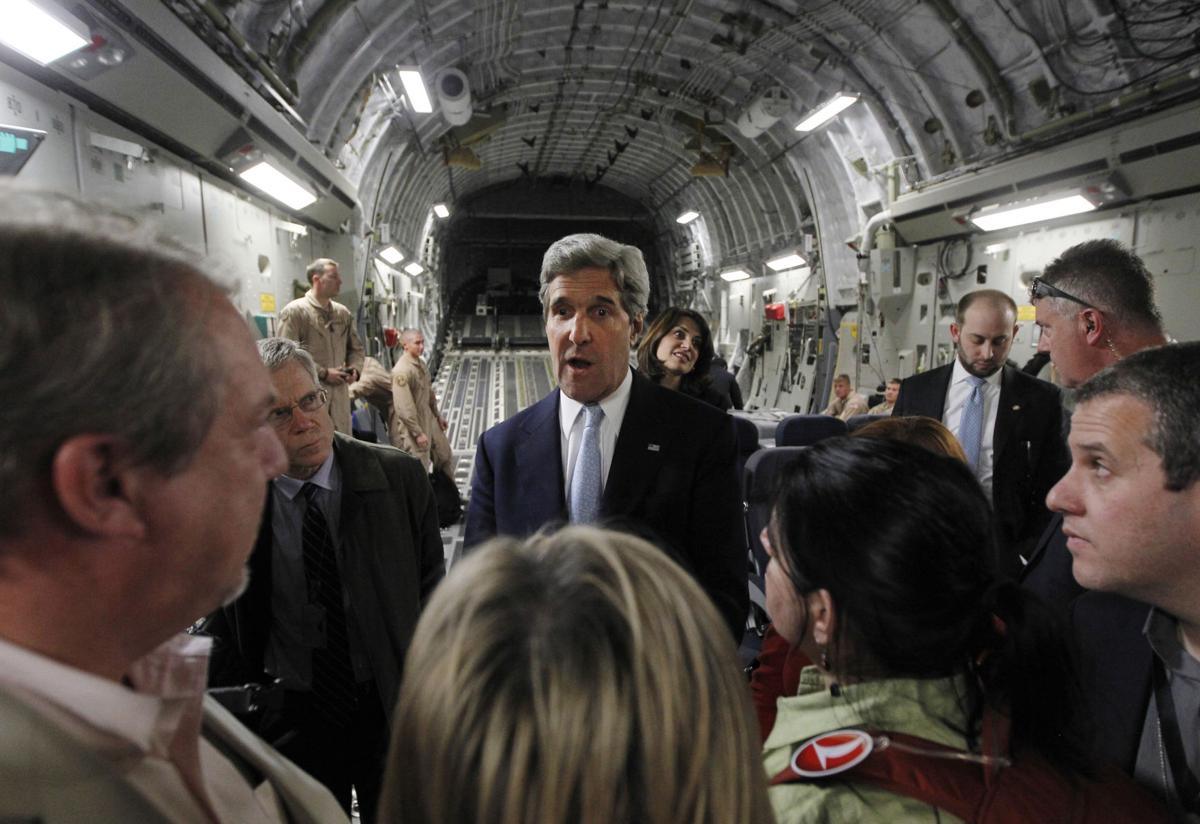 Secretary of State warns Iraq on Iran flights to Syria
