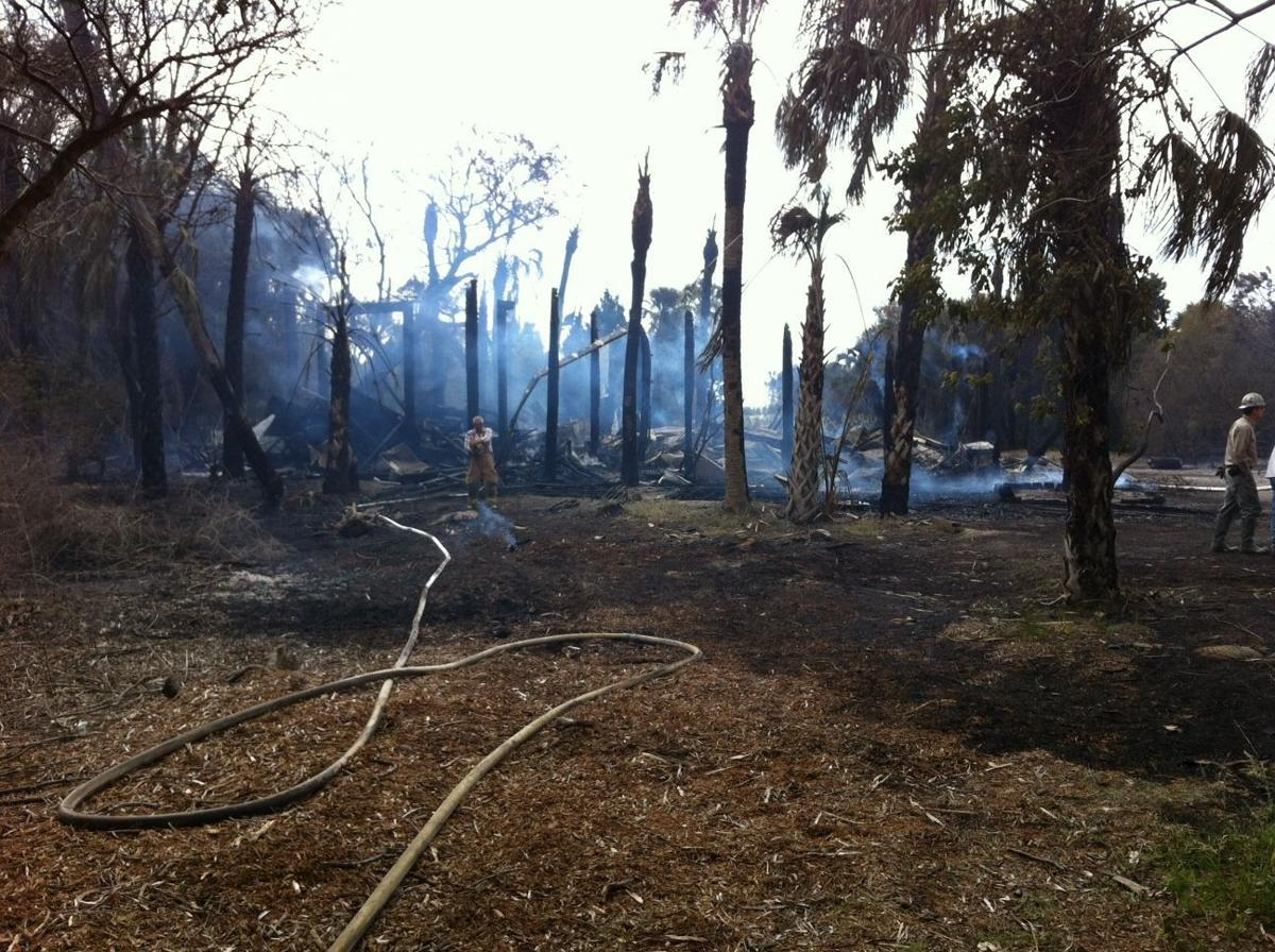 Multiple houses on fire on Dewees Island