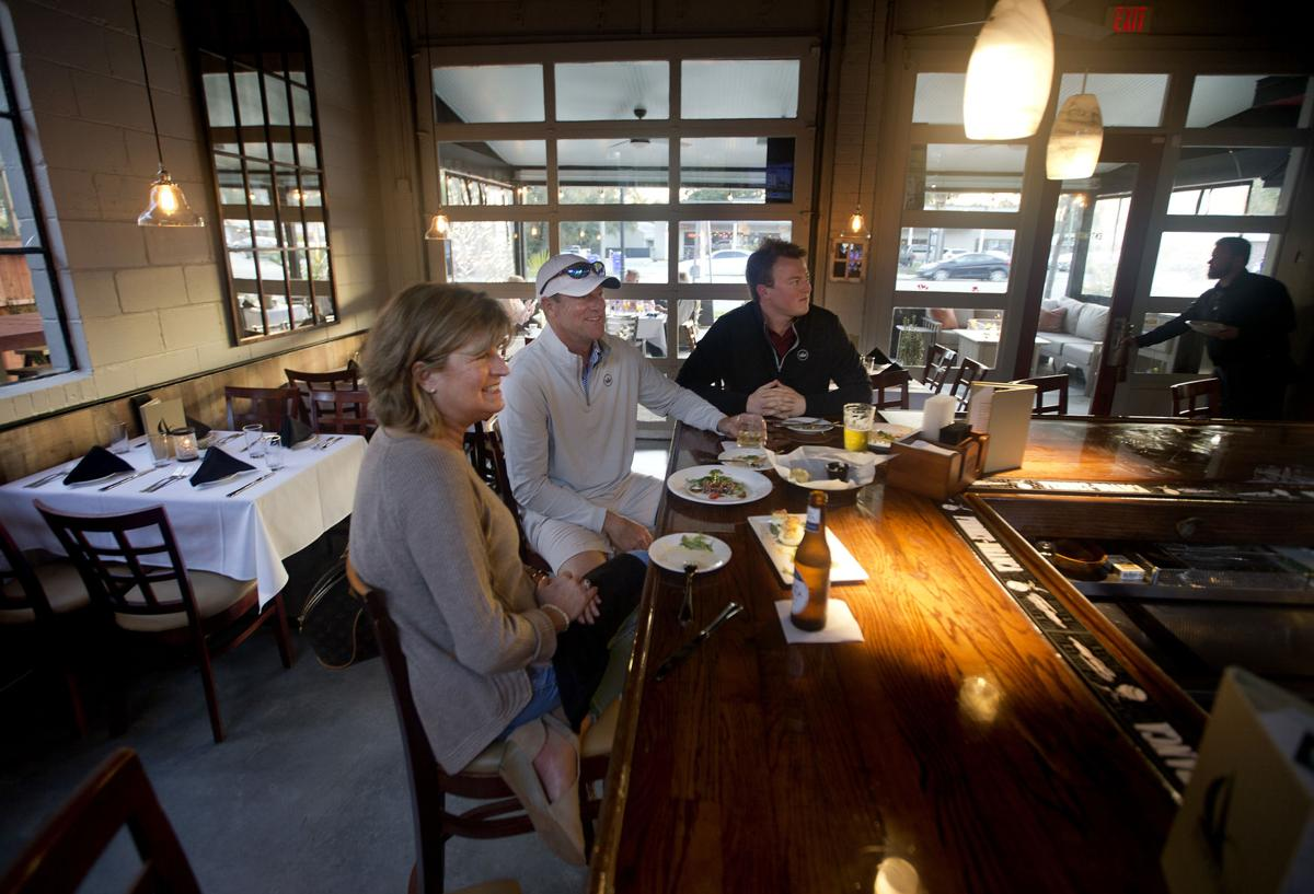 Topsail Joins Mount Pleasant S Boulevard Of Restaurant