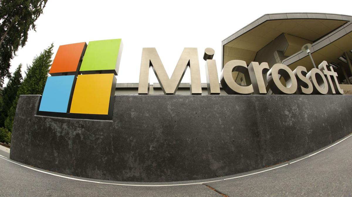 Microsoft names Brad Smith president and chief legal officer