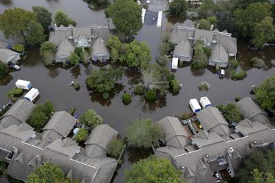 Bridge Pointe town homes flooded (copy) (copy)