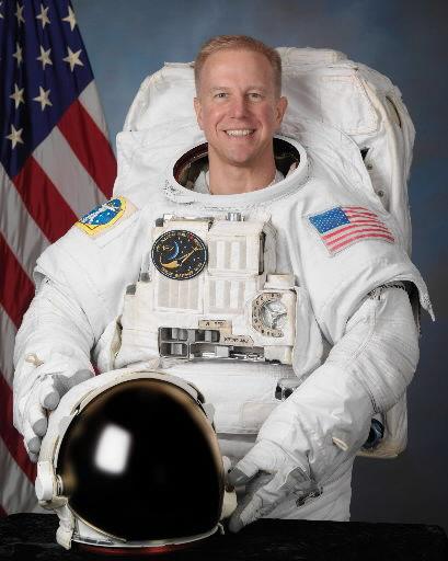NASA pulls injured shuttle astronaut off flight