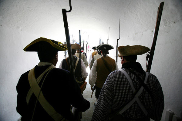 Carolina Day reenactors tunnel Fort Moultrire