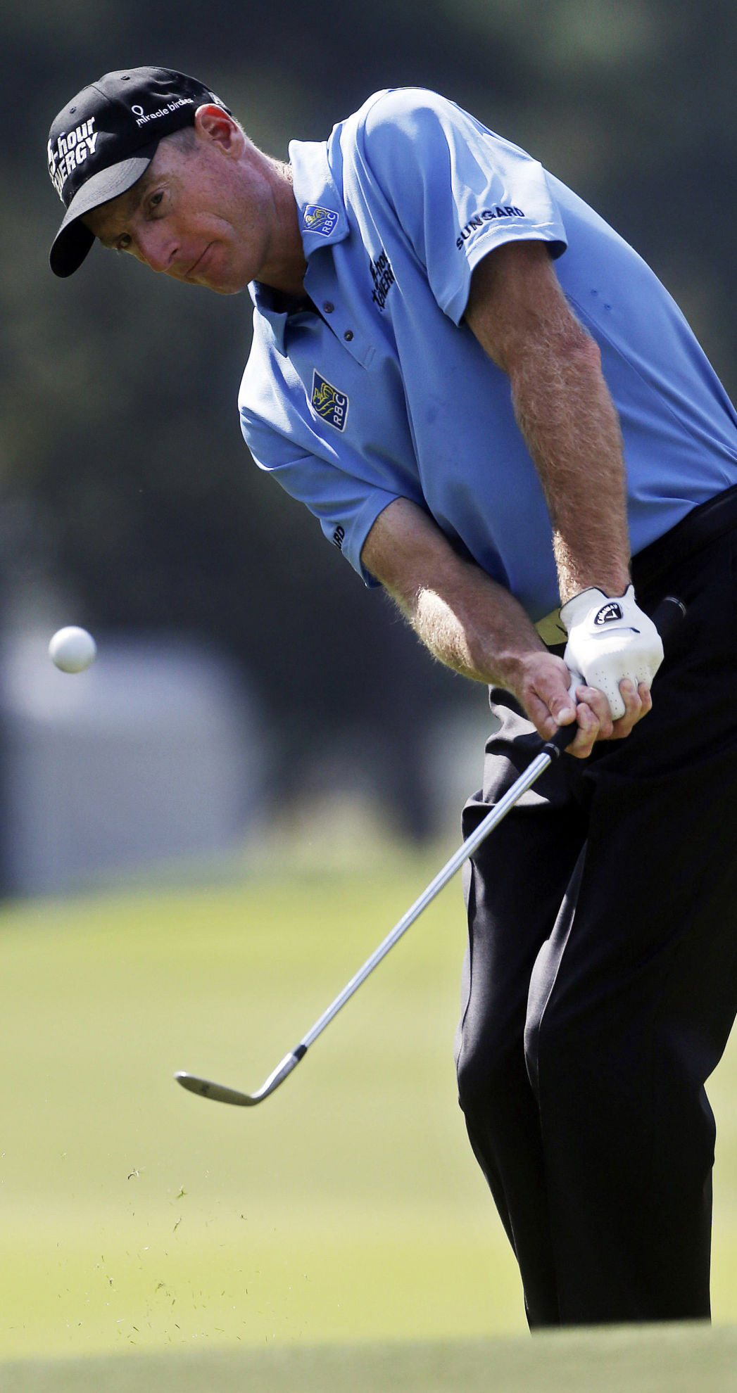 Furyk races out to a 64 at East Lake