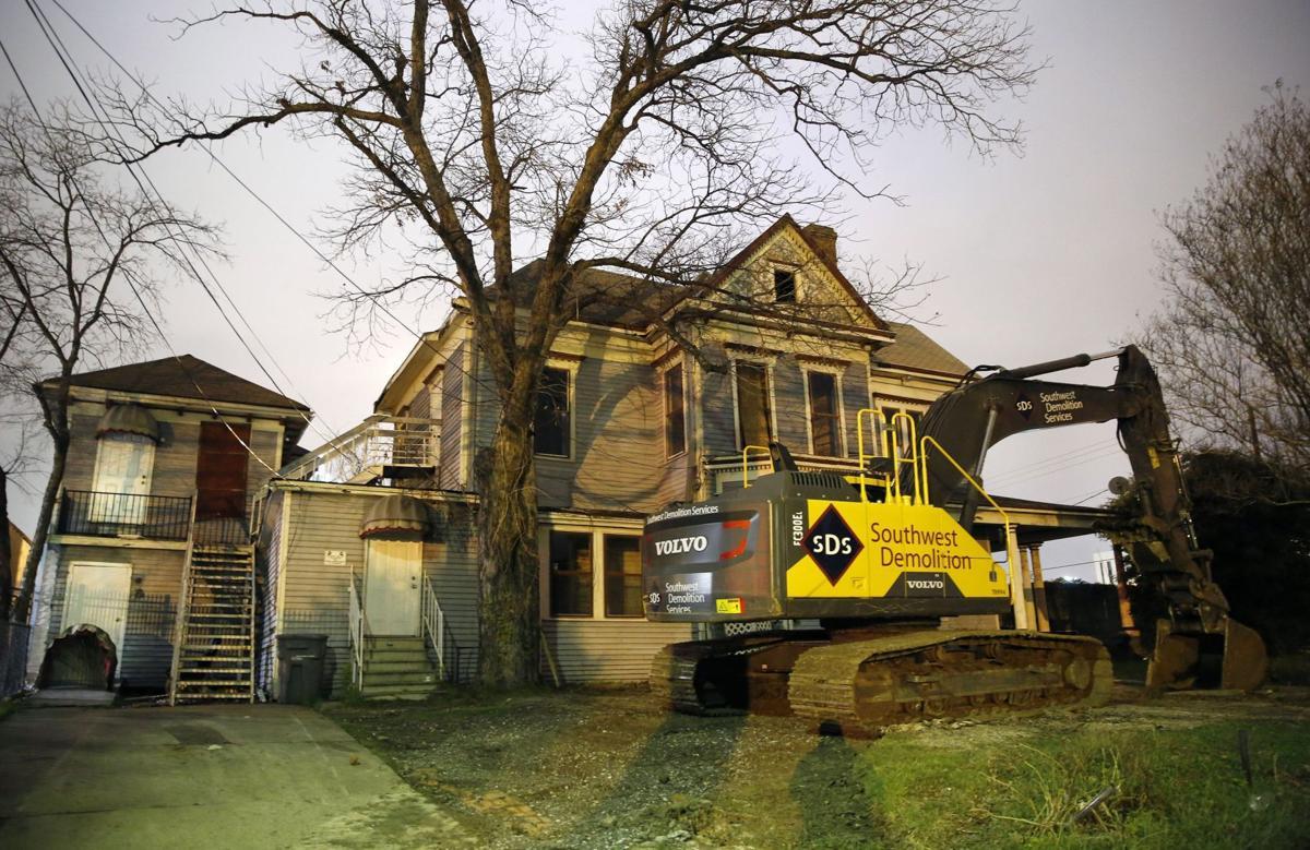 Preservation preferred for 1880s Victorian home in Dallas