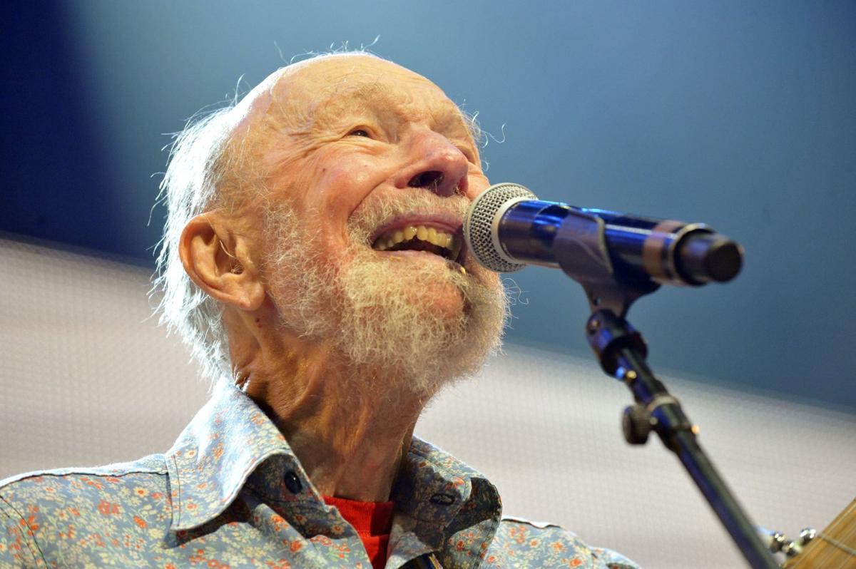 Folk singer and activist Pete Seeger dies in New York