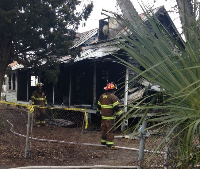 Space heater blamed after fire destroys house on Sullivan's Island