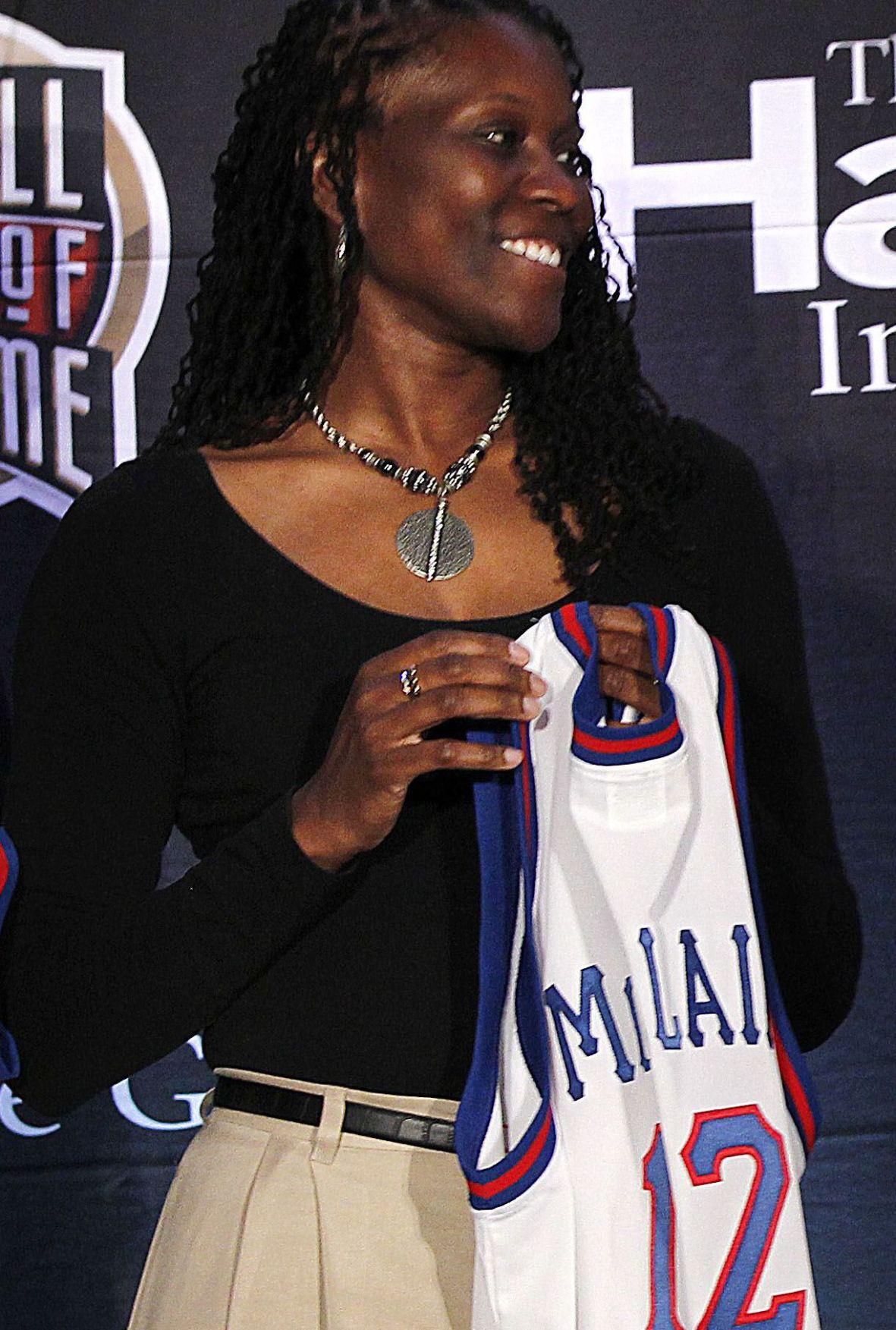 McClain joins Naismith Basketball Hall of Fame
