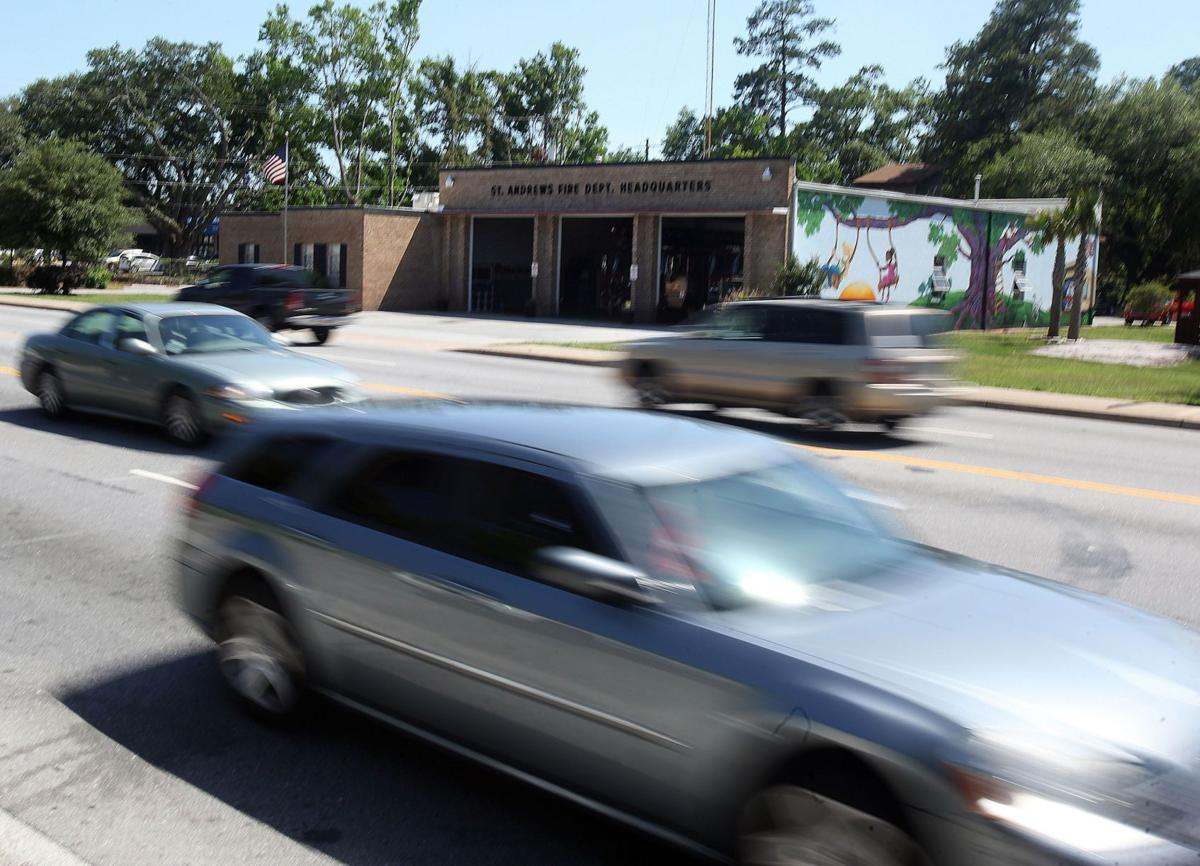 North Charleston threatens break with St. Andrews PSD over emergency response feeSt. Andrews OKs charging out-of-district drivers for wrecks Crash fee would be disservice