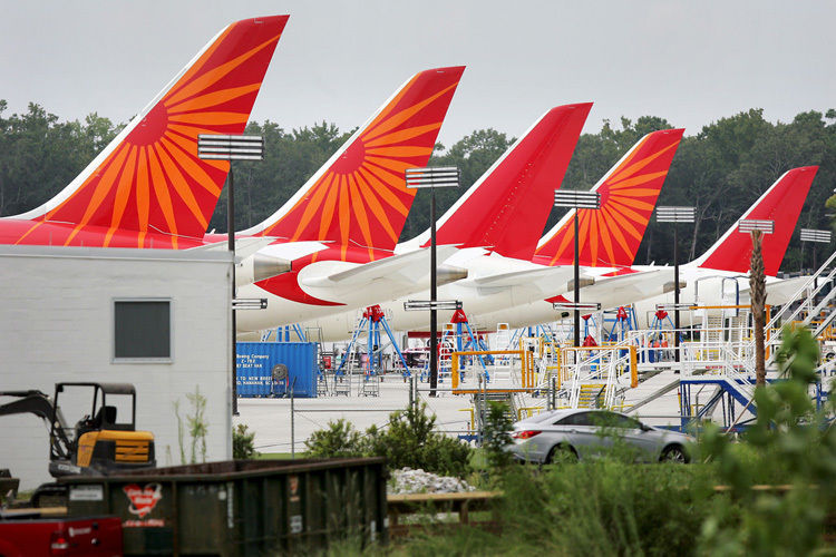 Boeing delivers first 787 from North Charleston