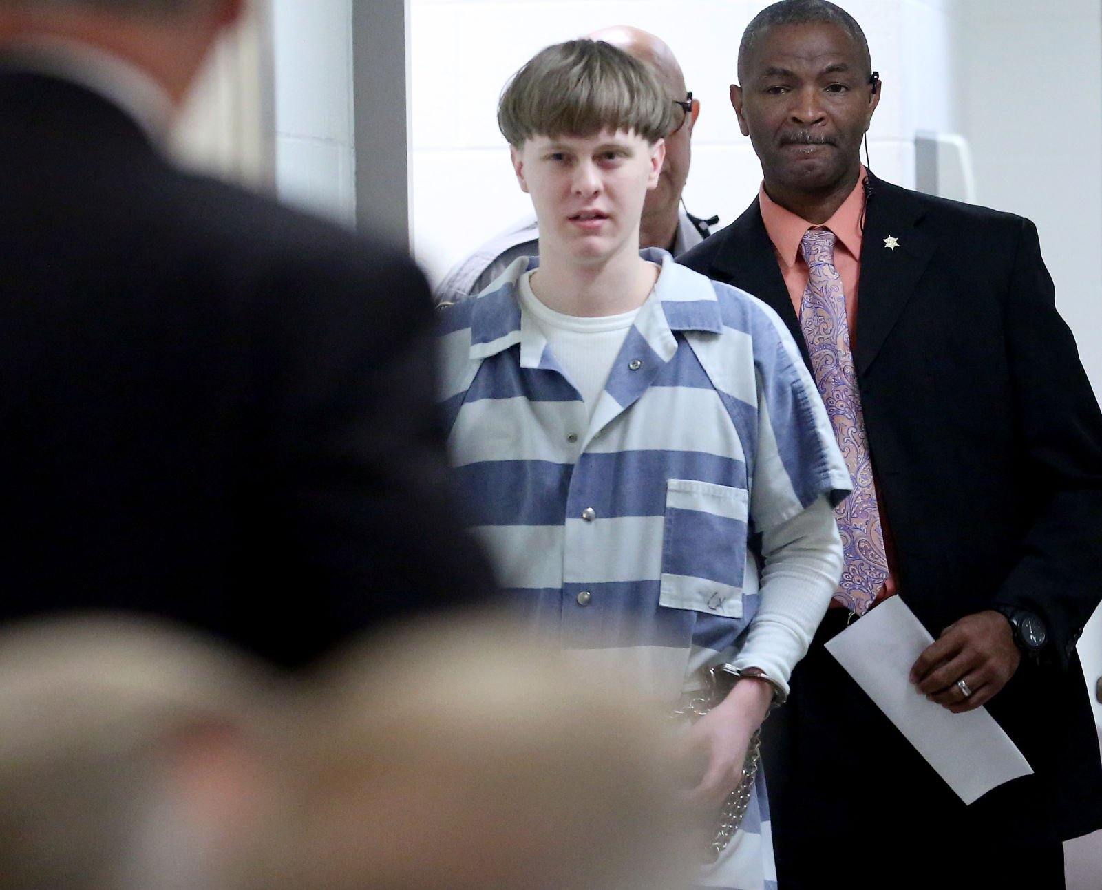 Convicted Charleston church killer wants to fire Jewish, Indian lawyers