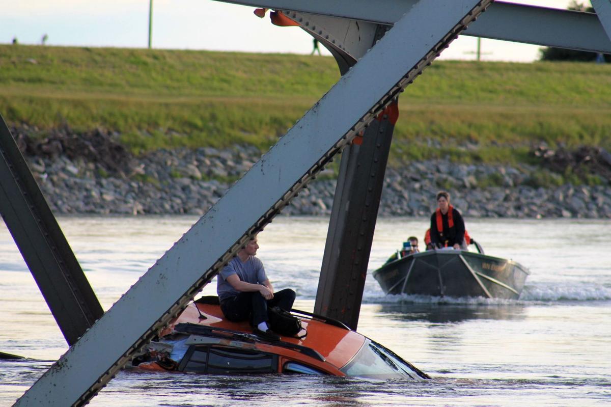 Wash. bridge survivor 'can't believe we're alive'