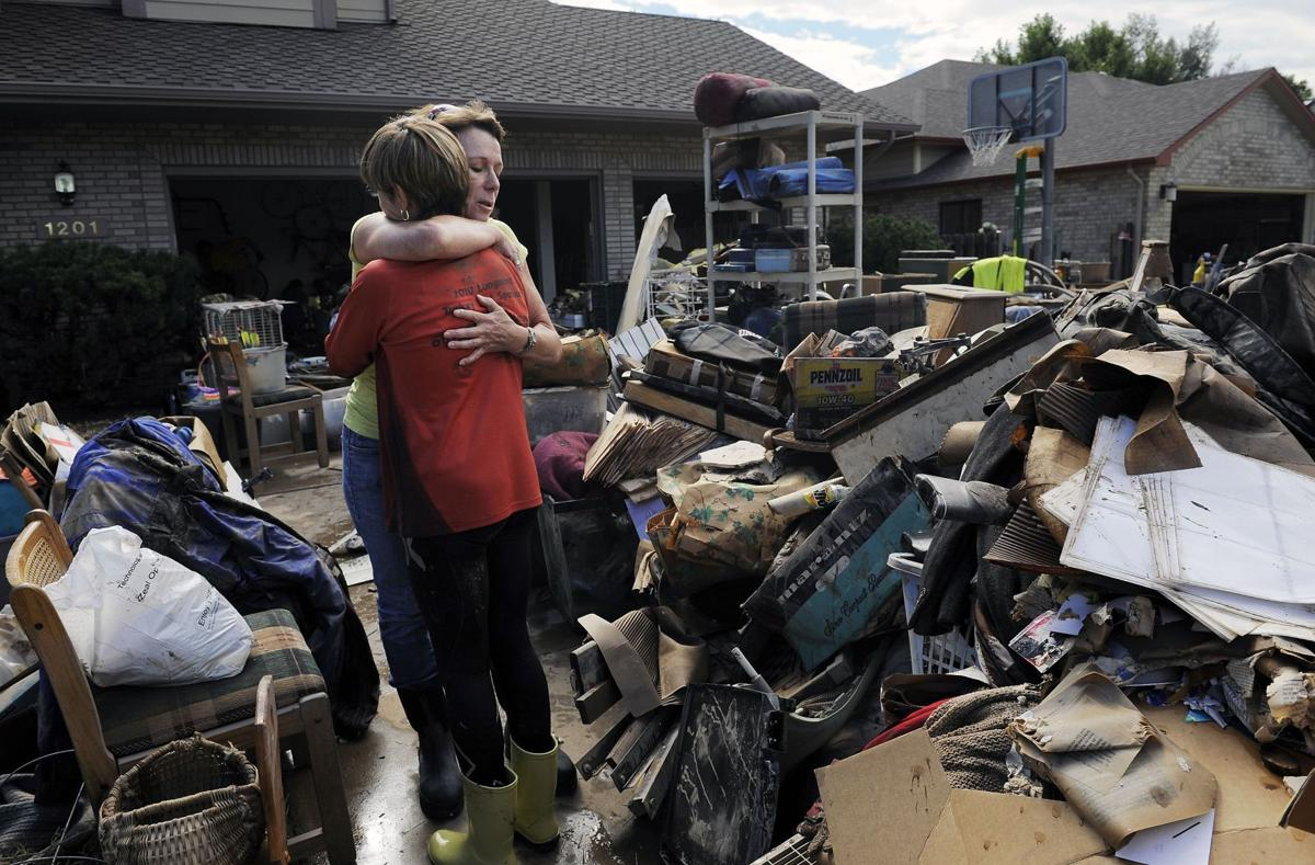 Colo. evacuees view devastation