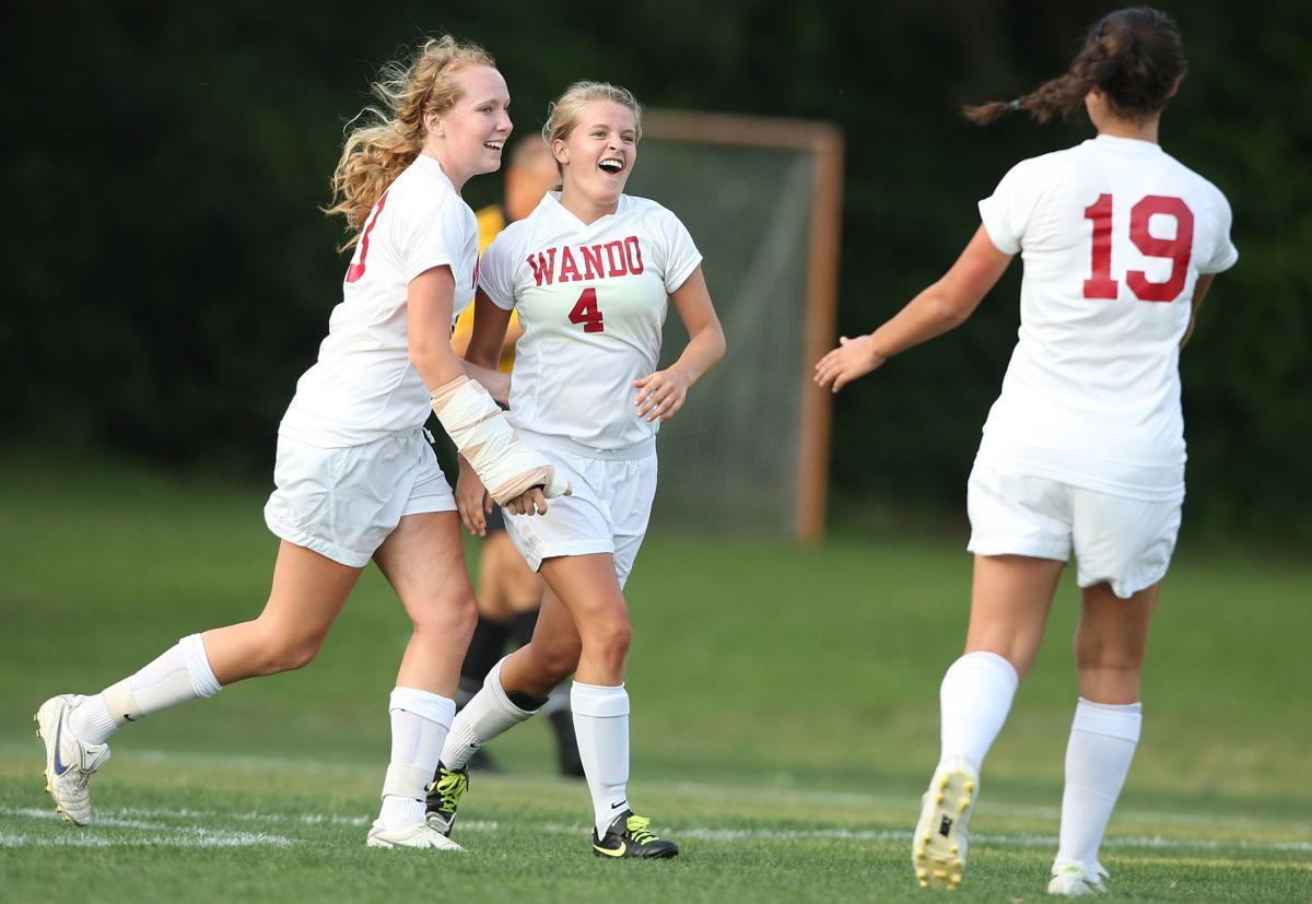 Wando girls vs. White Knoll soccer