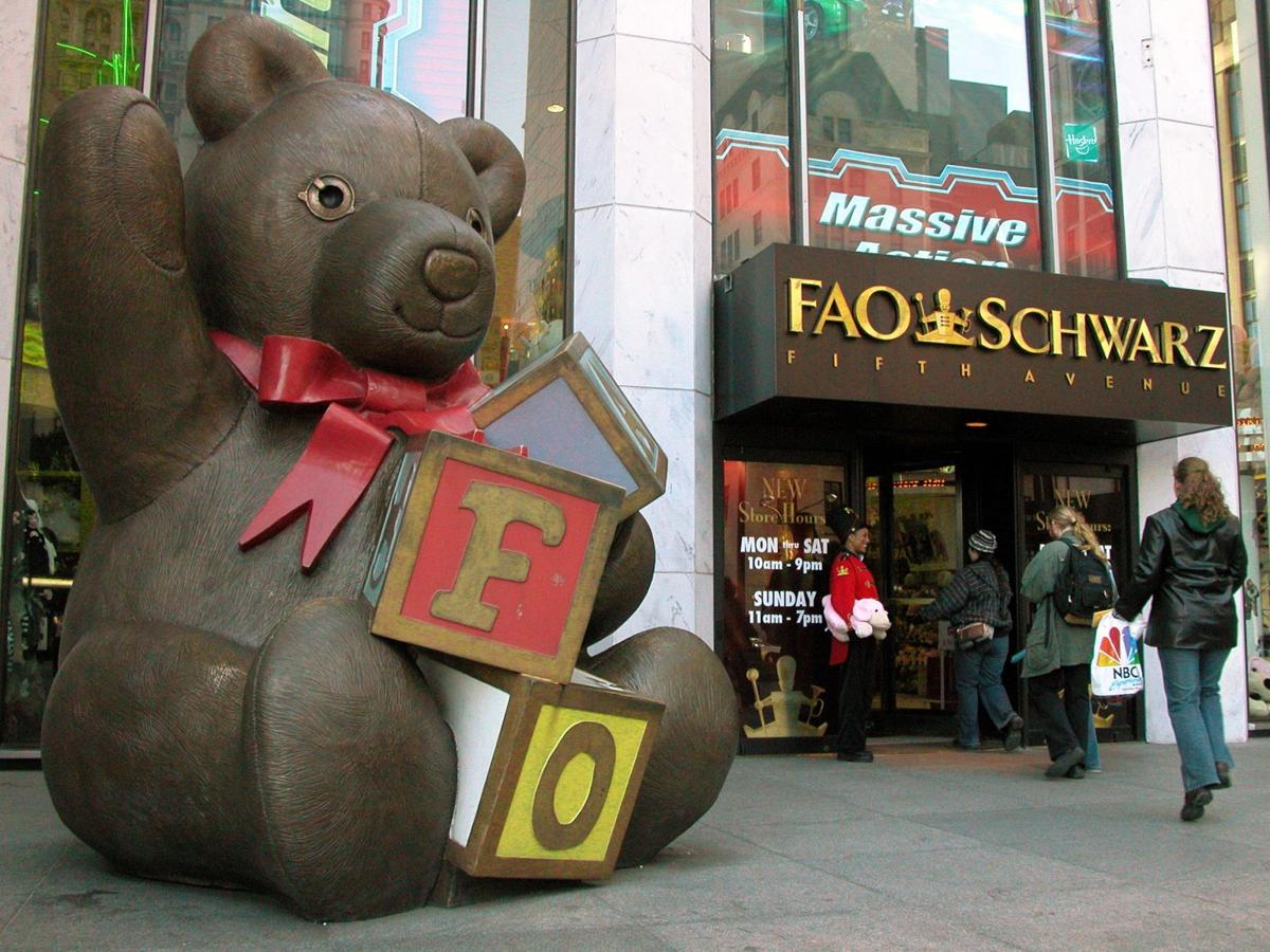 Farewell FAO Schwarz: Last day of business at famed NYC toy store