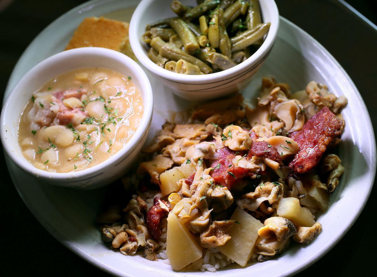 conch stew korner kitchen.jpg