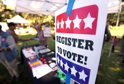 registervote citizens natualization.jpg (copy)
