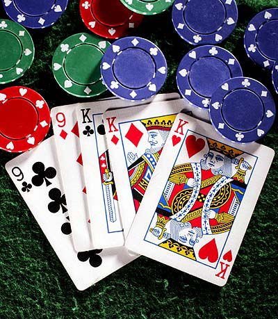 U.S. charges internet poker entrepreneurs with fraud