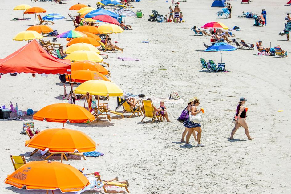 Drinkers bringing Roaring '20s attitude to Charleston area beaches going home with tickets