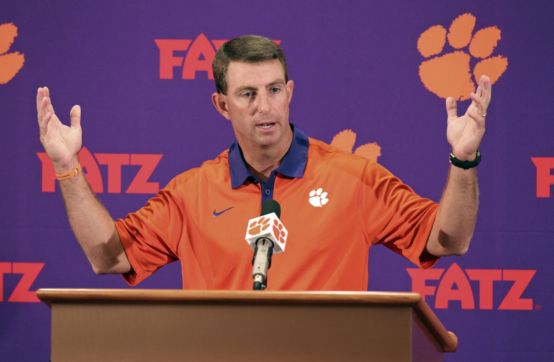 Clemson football trainers, managers, staff help student after vehicle accident