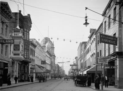 king-street-charleston.jpg (copy)