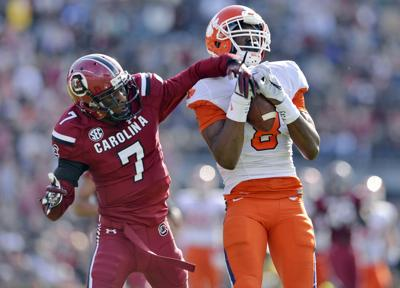 Clemson's young stars don't flinch when chips are down